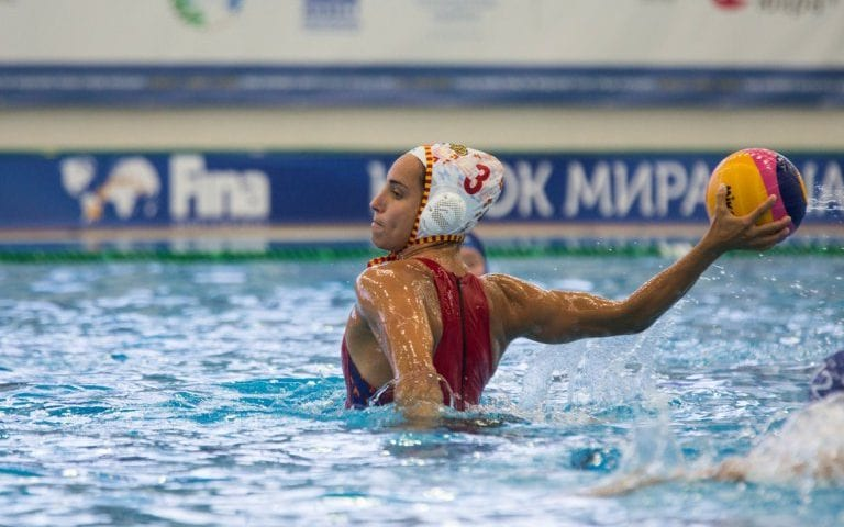 FINA World Cup (W), Surgut, Day 2: Favorites Keep on Dominating