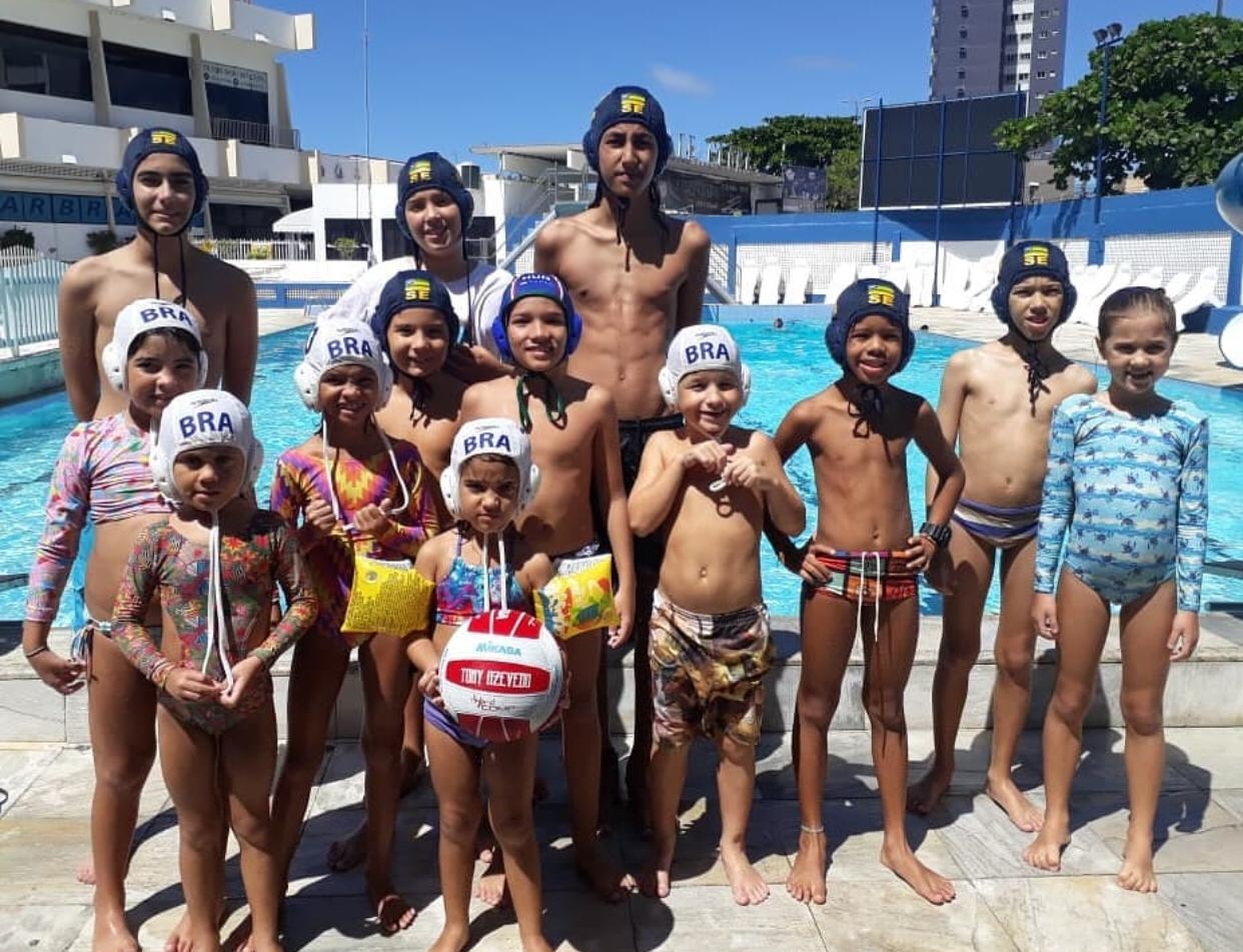 Kids waterpolo in Brazil